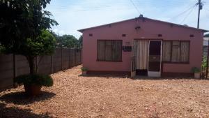 2 bedroom Houses for sale Nketa Nketa Bulawayo High-Density Bulawayo