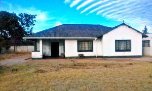 2 bedroom Houses for sale Northend Bulawayo North Bulawayo