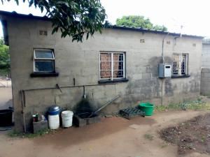 2 bedroom Houses for sale Mbizo Kwekwe Midlands