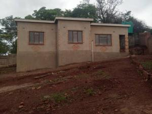 2 bedroom Houses for sale Cold Comfort Harare West Harare