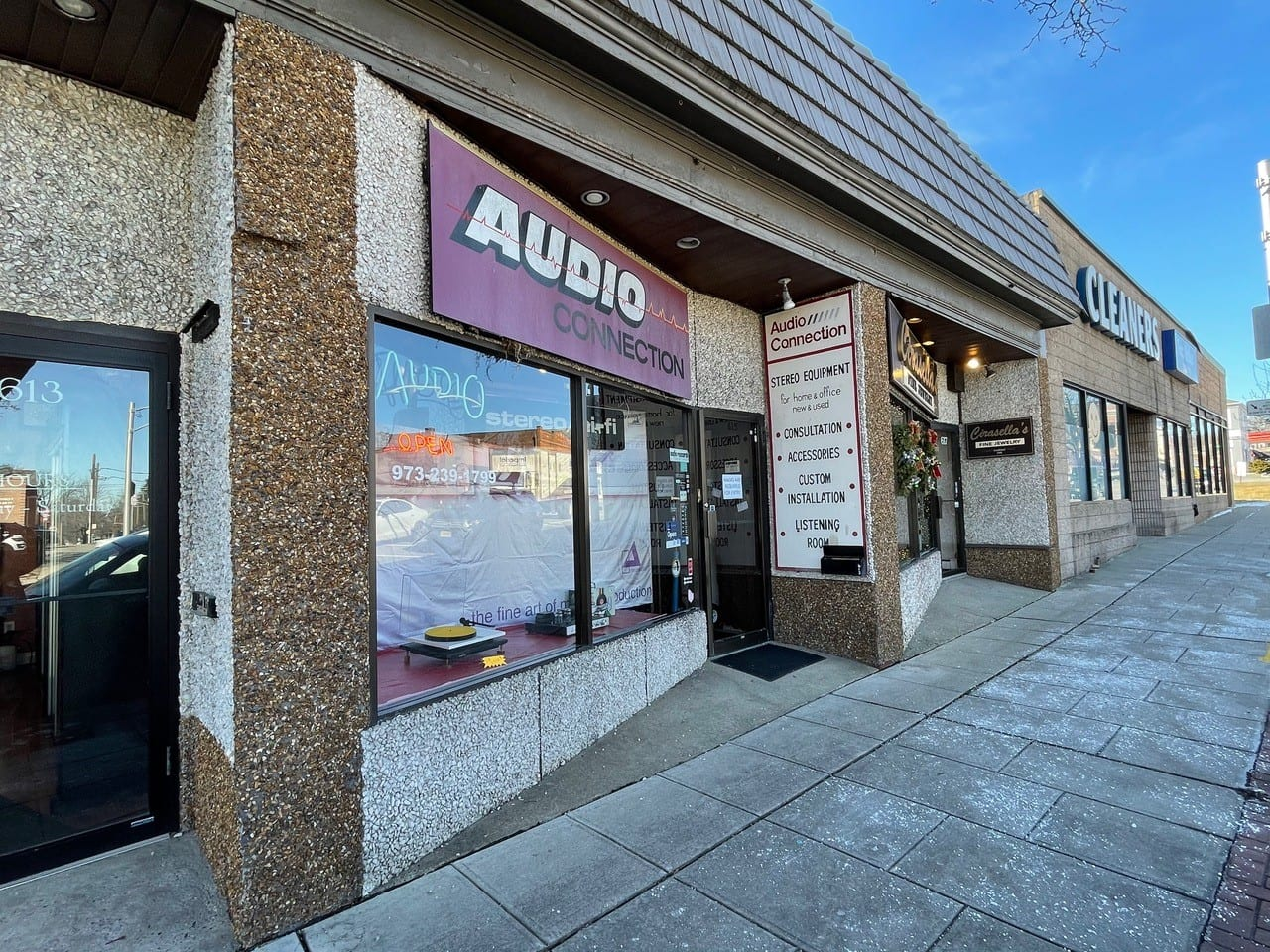 Audio Connection | A Visit to a Local Audio Shop by your Roving Reporter Dr. Matt Clott