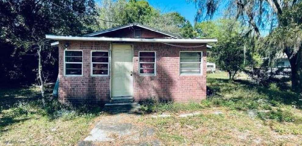 2230 Harlem Ave, Eustis, FL 32726