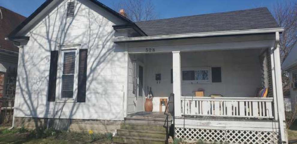 528 E Temple St, Washington Court House, OH 43160