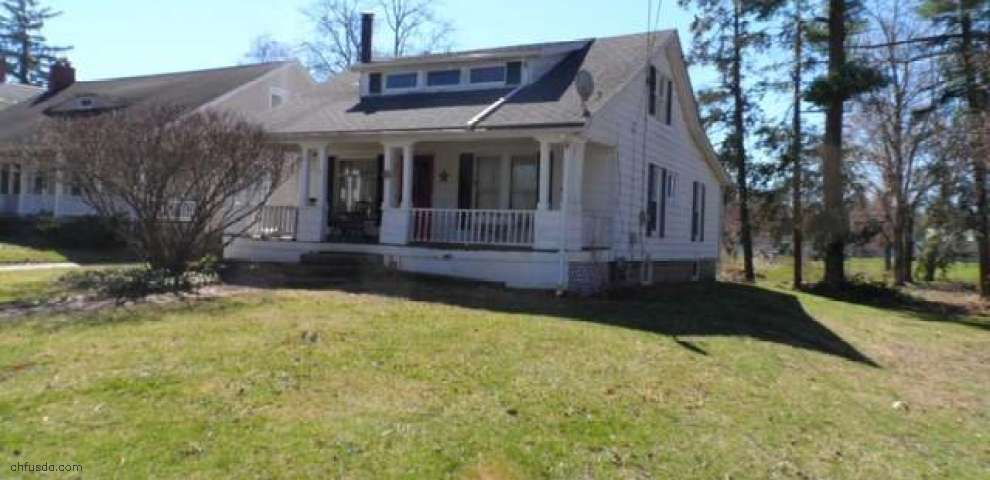 231 W Main St, Andover, OH 44003