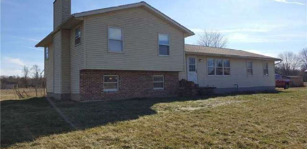 27171 Capel Rd, Columbia Station, OH 44028