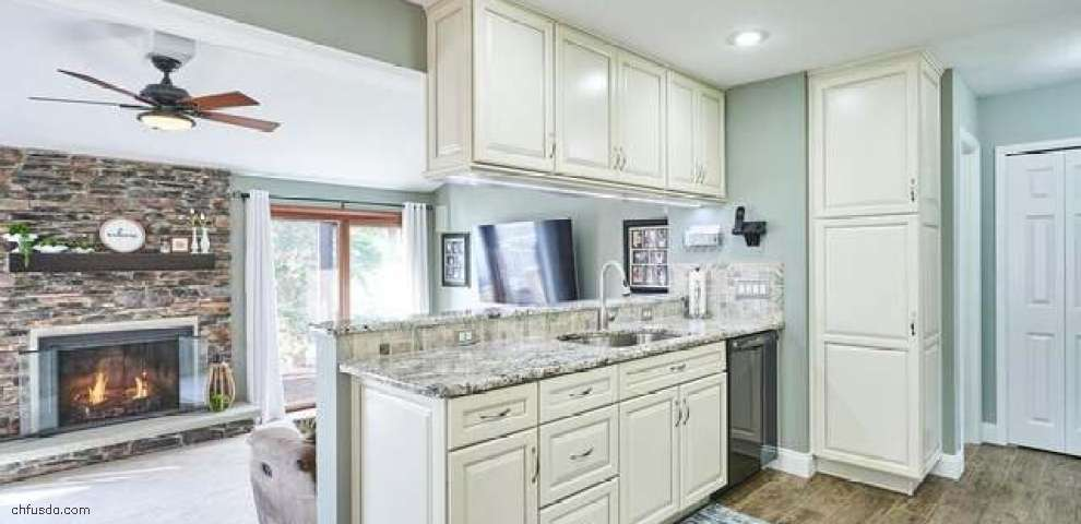 5658 Marine Pkwy, Mentor-On-The-Lake, OH 44060