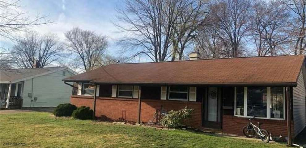7529 Manor Dr, Mentor-On-The-Lake, OH 44060