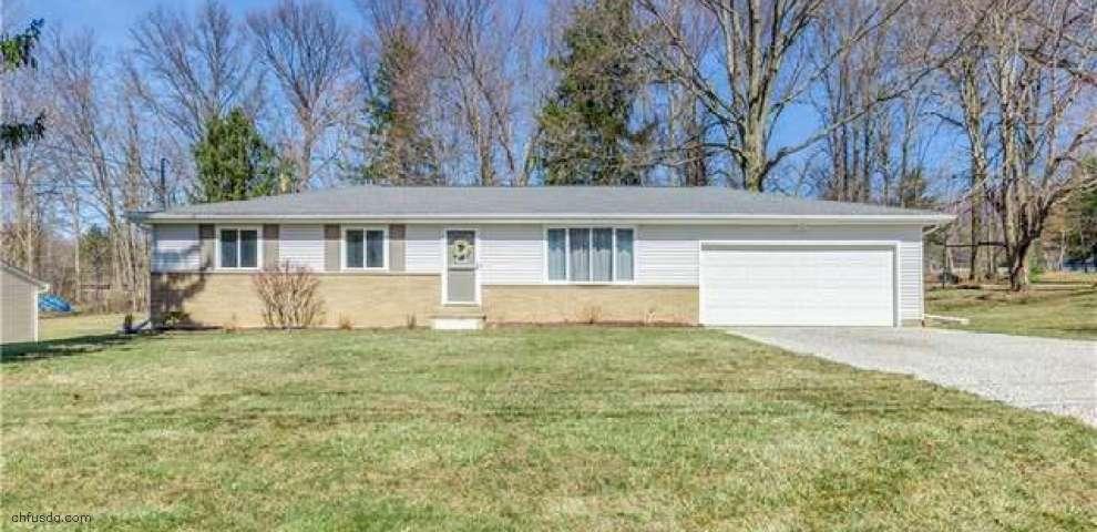 89 Spring Creek Rd, Northfield, OH 44067