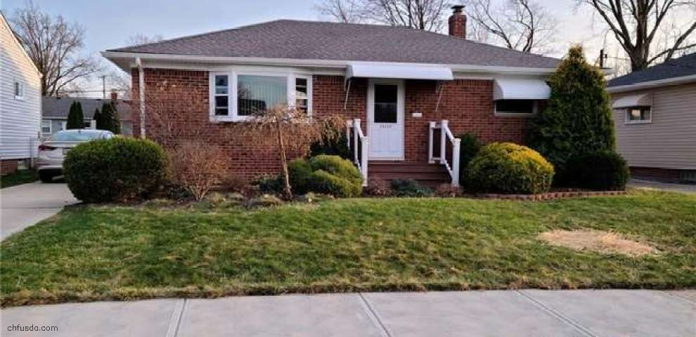 30120 Forestgrove Rd, Willowick, OH 44095