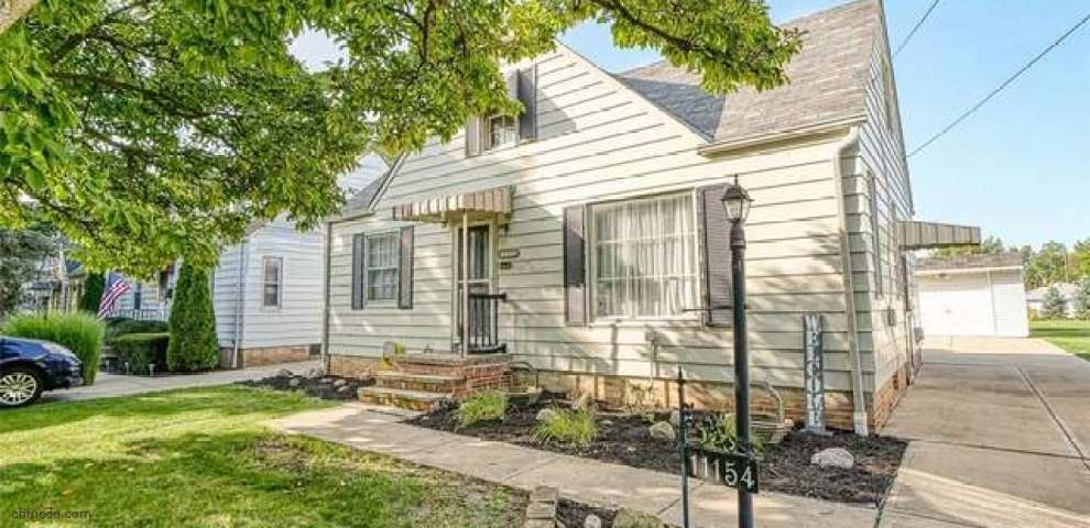11154 Woodview Blvd, Parma Heights, OH 44130