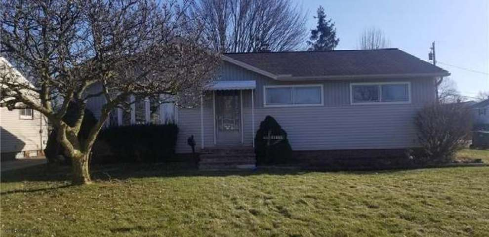 11885 Gross Dr, Parma, OH 44130 - Property Images
