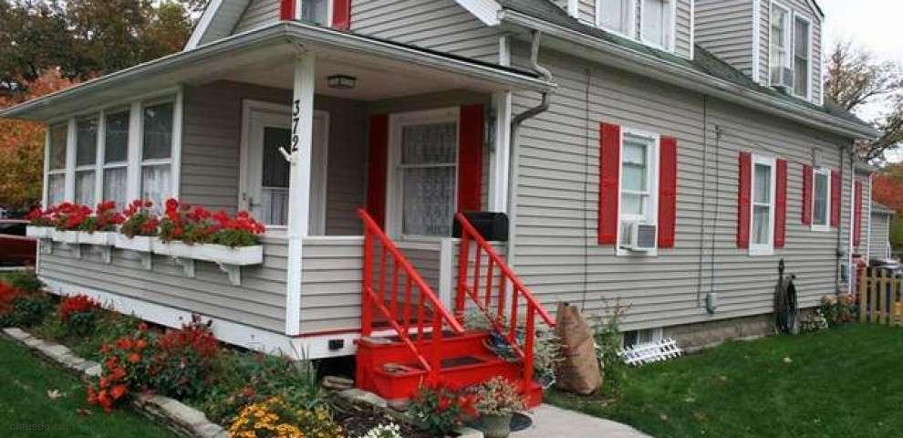 372 Elmwood Rd, Bay Village, OH 44140