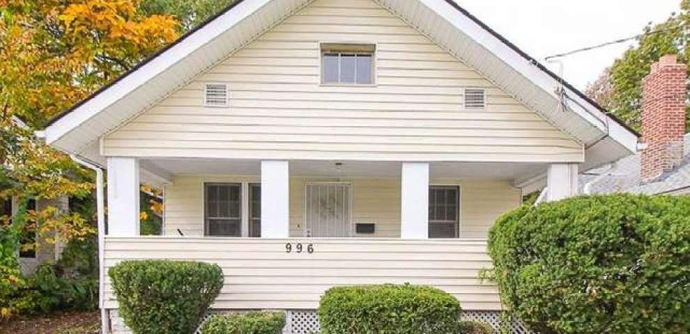 996 Peerless Ave, Akron, OH 44320