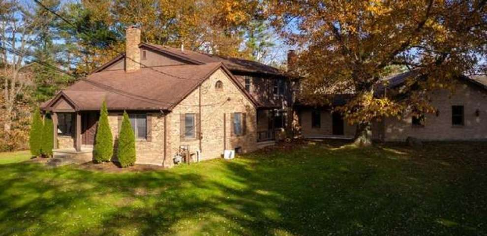 8095 Columbiana Canfield Rd, Canfield, OH 44406
