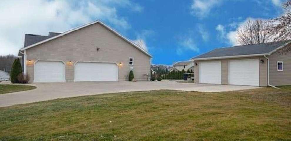 11830 Columbiana Canfield Rd, Columbiana, OH 44408