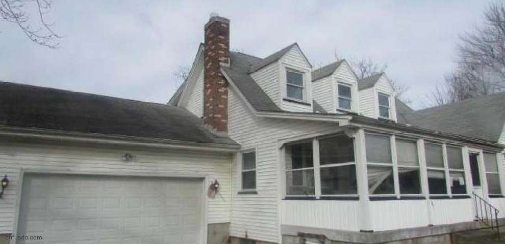 1414 Overlook Ave, Lowellville, OH 44436