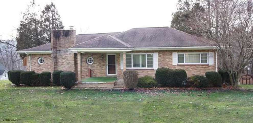 308 Park Ave, Lowellville, OH 44436
