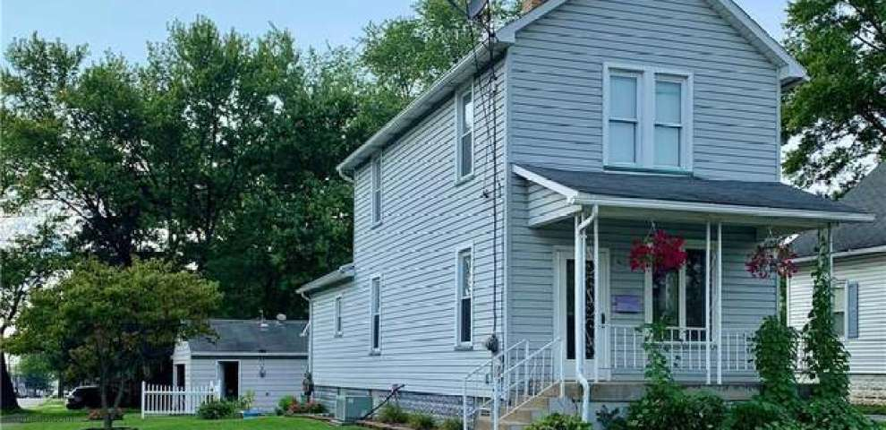 230 Scott Ave, Niles, OH 44446