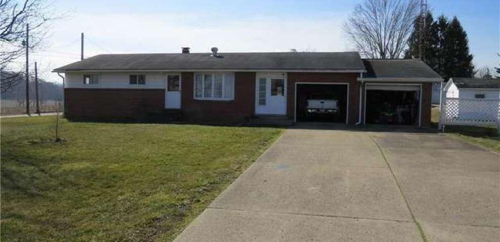3029 Brenner Rd NE, Carrollton, OH 44615