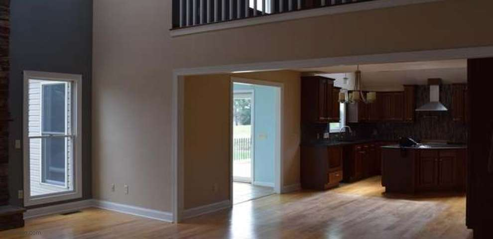 10532 Cleveland Ave NW, Uniontown, OH 44685 - Property Images