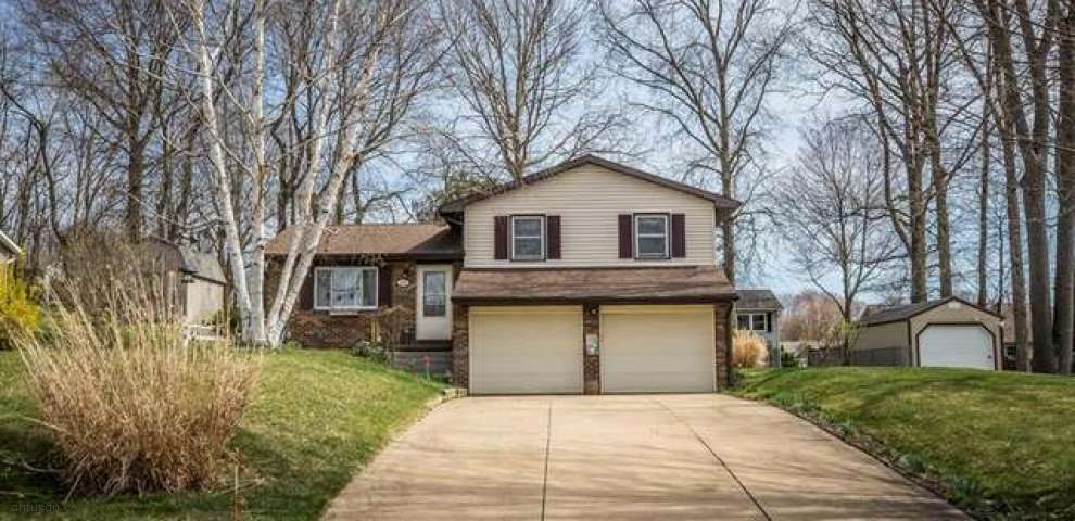 3318 Chagrin Ave, Canton, OH 44706