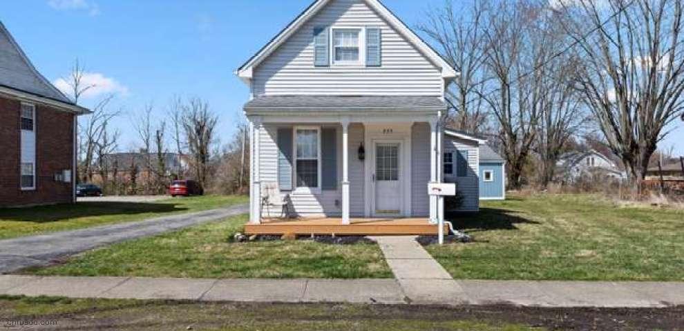 225 N East St, Bethel, OH 45106