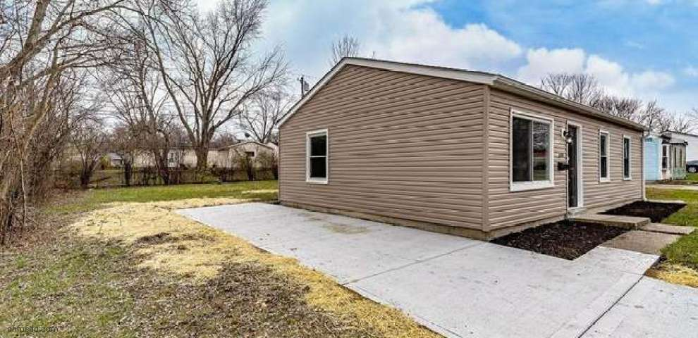 5226 Rucks Rd, Trotwood, OH 45417