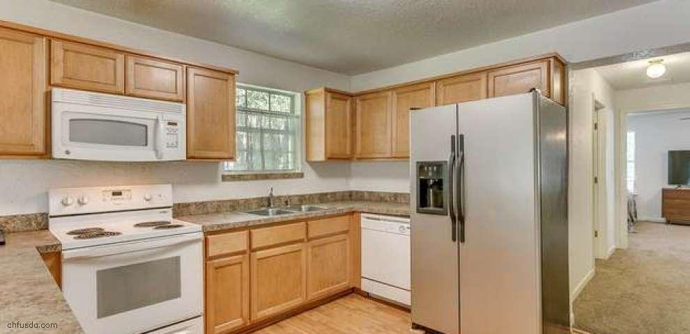 1518 Walnut St, Green Cove Spr, FL 32043
