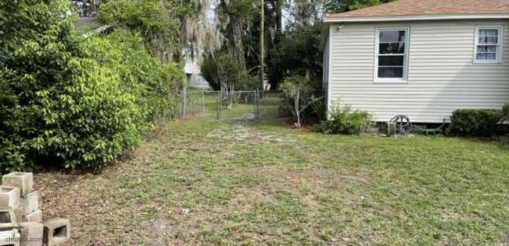 205 Bayard St, Green Cove Spr, FL 32043 - Property Images
