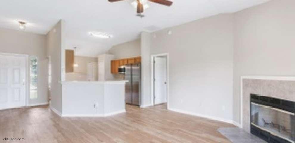 2318 Creekfront Dr, Green Cove Spr, FL 32043