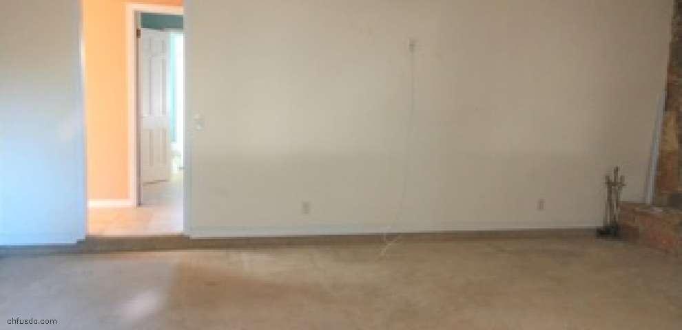 2794 Henley Rd, Green Cove Spr, FL 32043