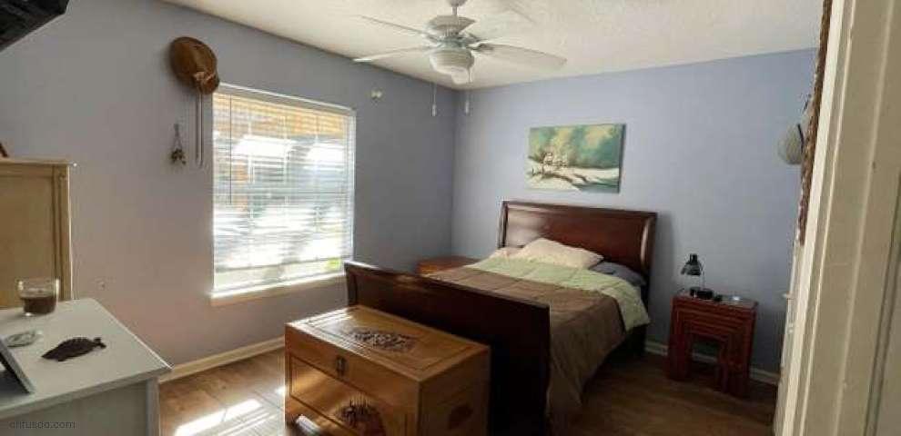1298 Foxmeadow Trl, Middleburg, FL 32068