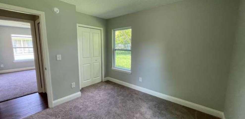 1246 Pine St, Starke, FL 32091