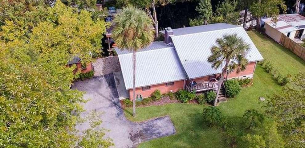 56306 Water Oak Rd, Astor, FL 32102