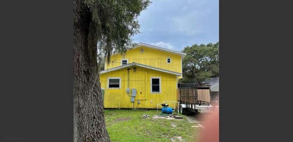 23500 NE 154th Place Rd, Fort Mc Coy, FL 32134
