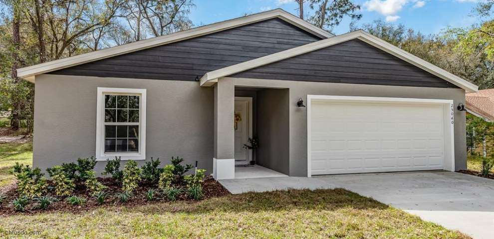 205 Shady Oak Ln, Lady Lake, FL 32159