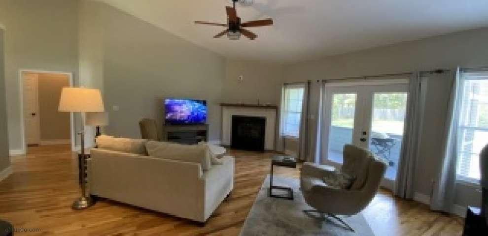 106 Pimlico Dr, Crawfordville, FL 32327