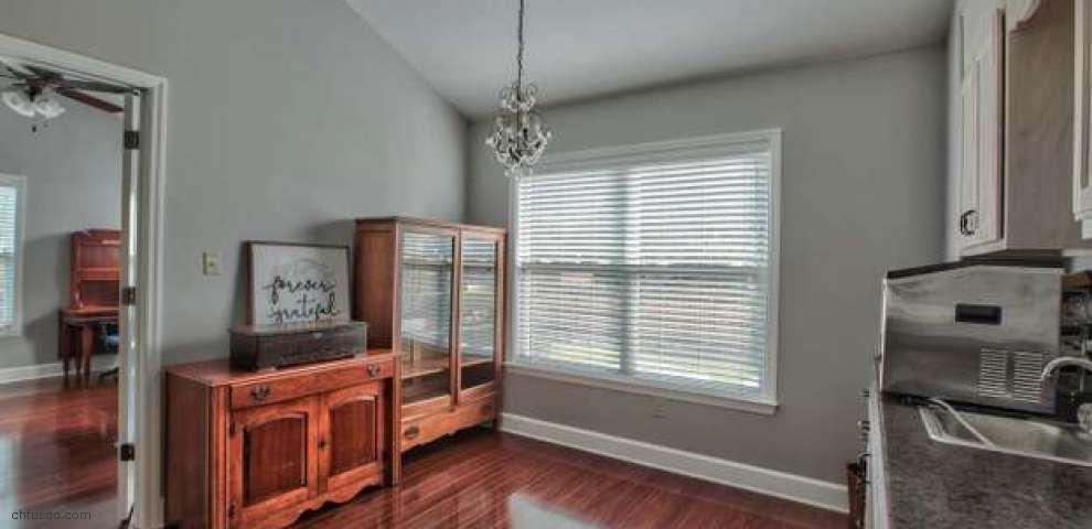 150 Shadow Oak Cir, Crawfordville, FL 32327