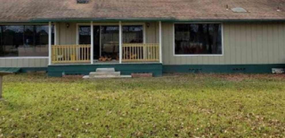 621 Lonnie Clark Rd, Quincy, FL 32351