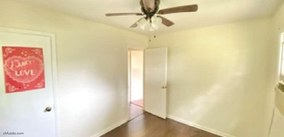 732 Duval St, Quincy, FL 32351