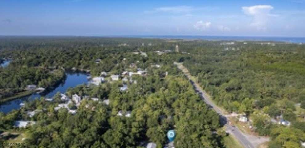 1707 Cedar St, Steinhatchee, FL 32359