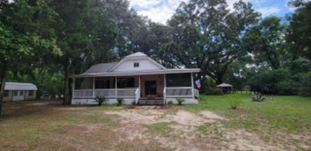 126 McHenry Rd, Defuniak Springs, FL 32433