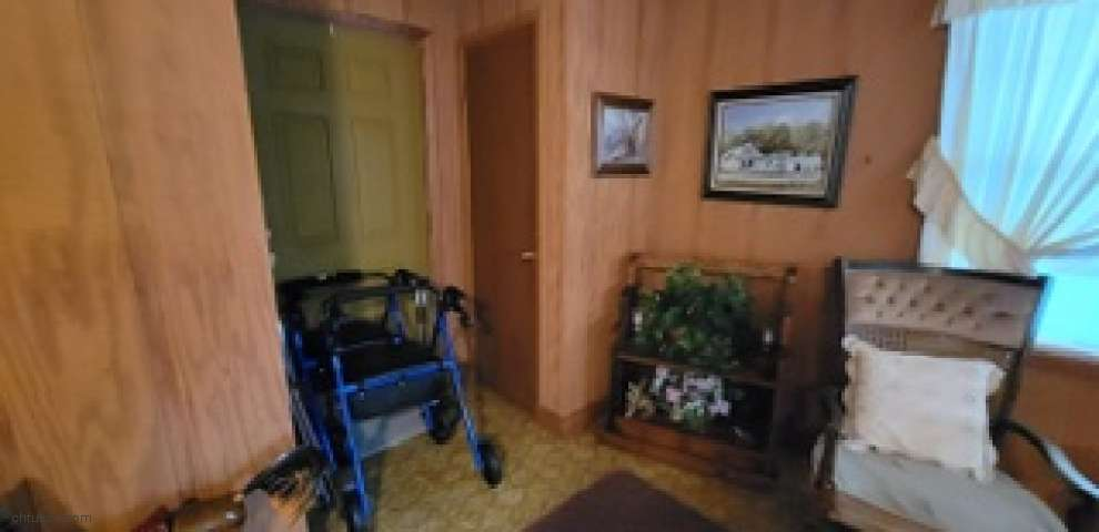 1600 State Hwy 83 North, Defuniak Springs, FL 32433