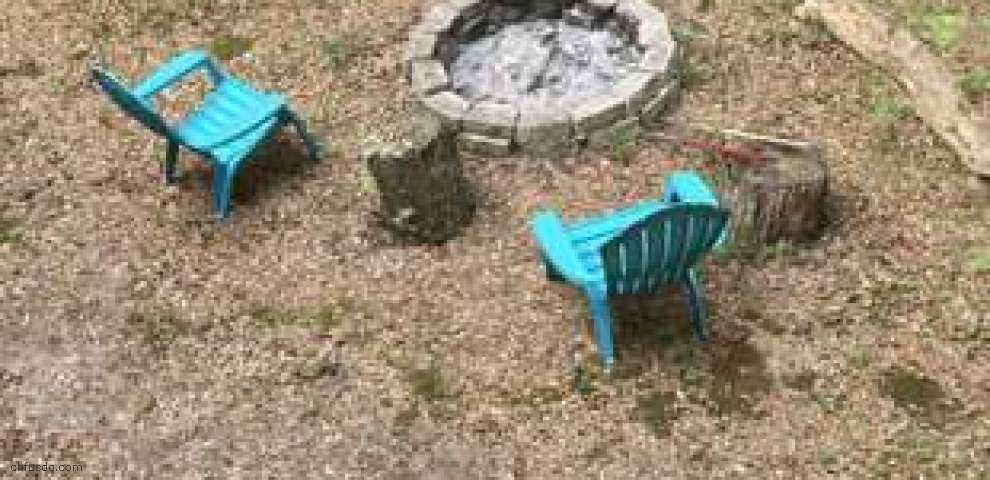 190 Seminole Ter, Defuniak Springs, FL 32433