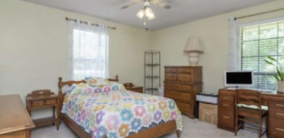 200 Ten Lake Dr, Defuniak Springs, FL 32433