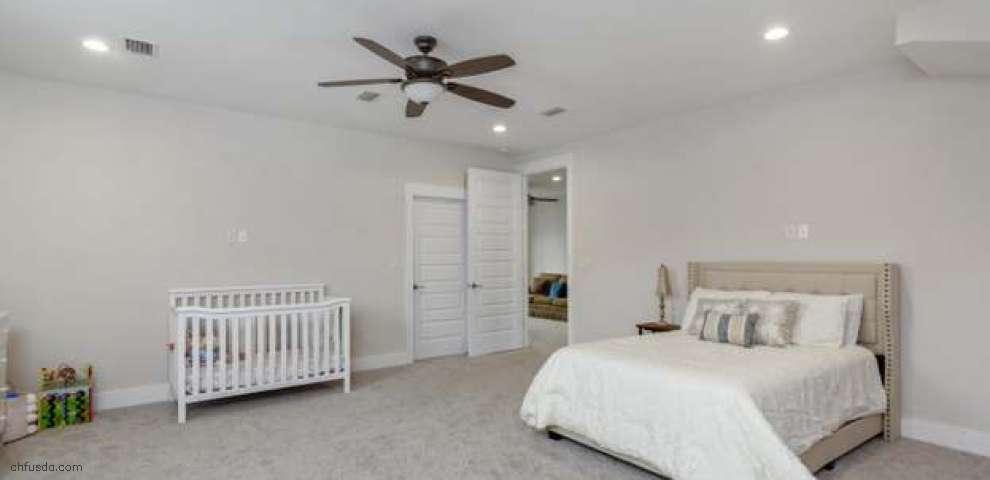 100 Amadeus Ave, Freeport, FL 32439