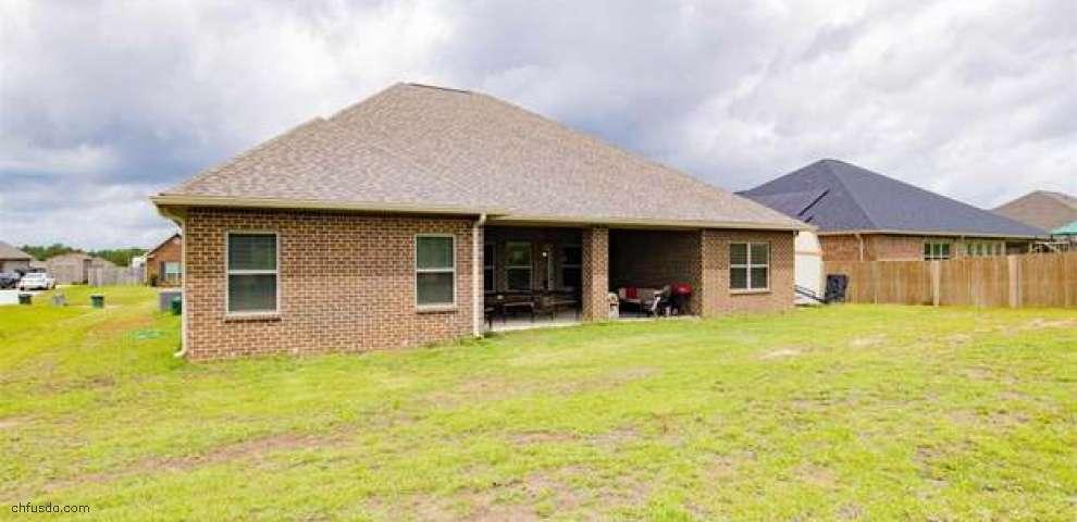 2722 Carrington Lakes Blvd, Cantonment, FL 32533