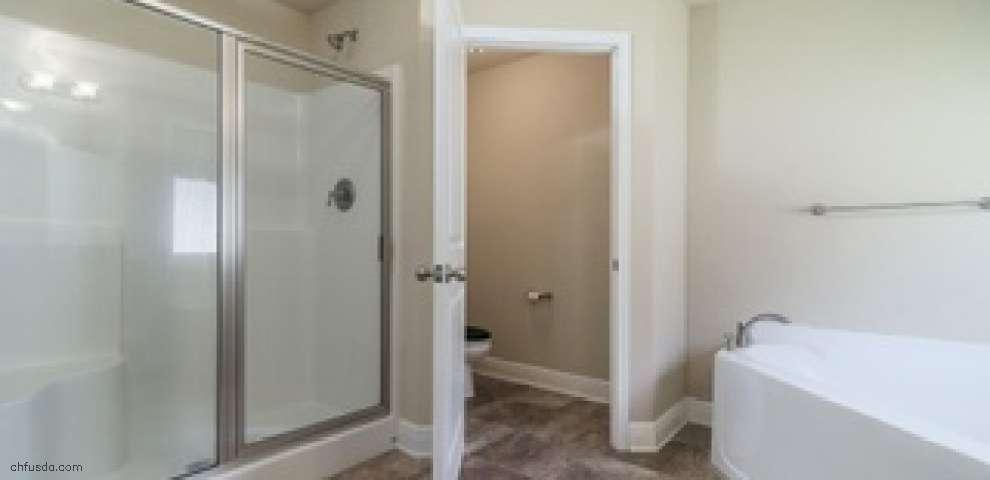 910 John Deere Ln, Cantonment, FL 32533