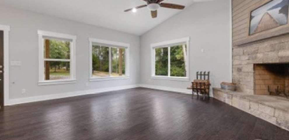 929 Upland Rd, Cantonment, FL 32533 - Property Images