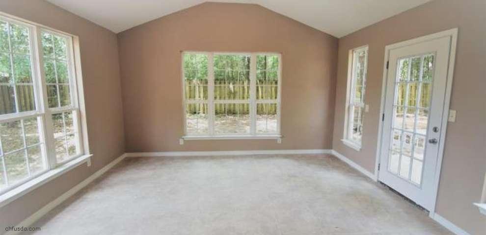 102 Cabana Way, Crestview, FL 32536 - Property Images